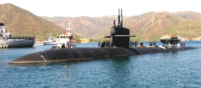 the USS Dallas, LA class Sub with DSRV riding piggyback at the rear