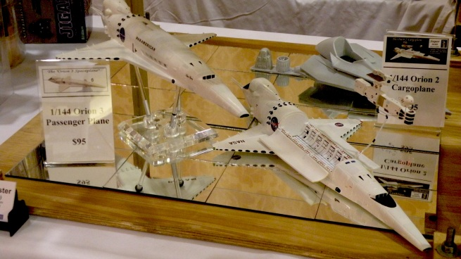 here are a couple of beautiful orion kits from the Starship modeler booth.