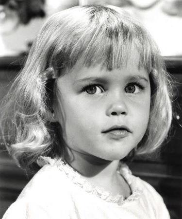 little Erin on the set