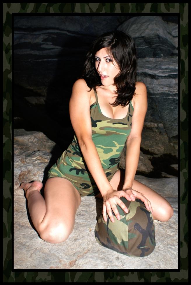 laurel rae, army pin up