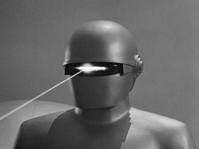in a matter of moments Gort proceeds to destroy most of the soldiers gun's, tanks, n cannons, with his destruction beam