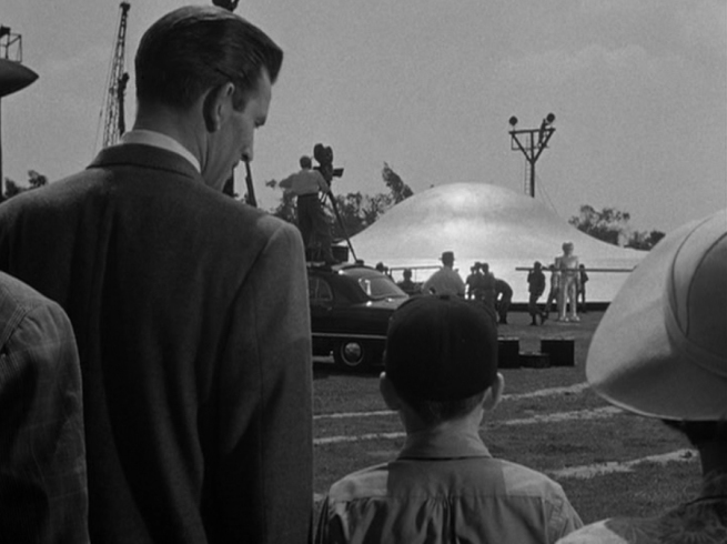 a trip to the saucer with Bobby