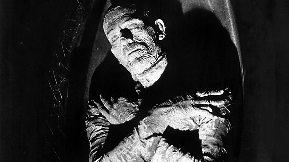 Karloff in his mummy get up